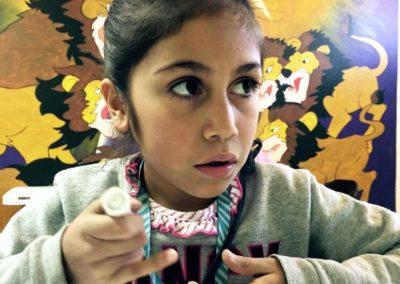 Girl w. glue copy